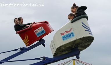 caroline-bay-carnival-day-four-0022