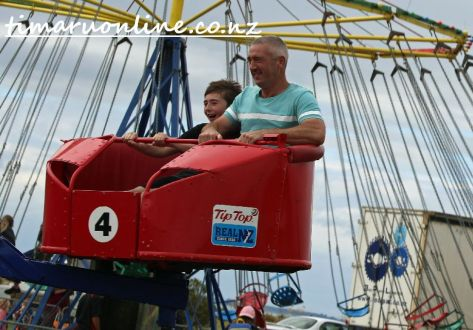 caroline-bay-carnival-day-four-0032