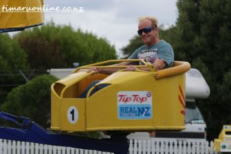 caroline-bay-carnival-day-four-0058