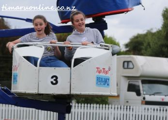 caroline-bay-carnival-day-four-0061