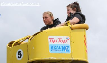 caroline-bay-carnival-day-four-0078