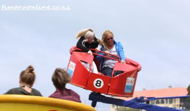 caroline-bay-carnival-day-four-0079