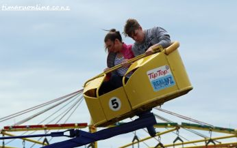 caroline-bay-carnival-day-six-0029