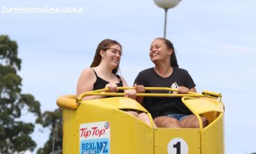 caroline-bay-carnival-day-six-0107