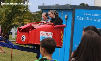 caroline-bay-carnival-day-six-0109