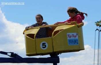 caroline-bay-carnival-day-10-0049