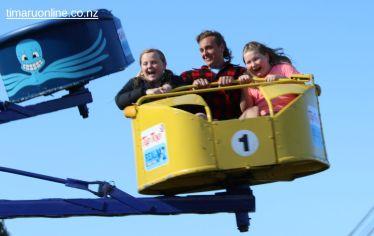 caroline-bay-carnival-day-11-0026