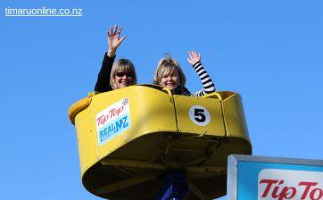 caroline-bay-carnival-day-11-0038
