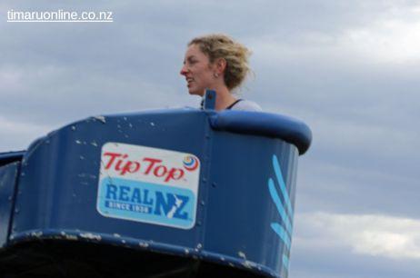 caroline-bay-carnival-day-12-0007