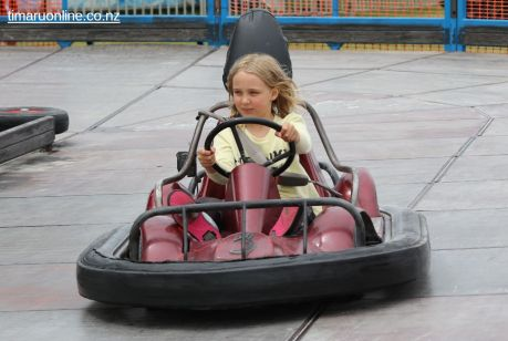 caroline-bay-carnival-day-13-0003