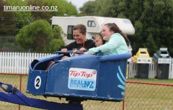 caroline-bay-carnival-day-15-0048