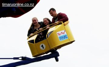 caroline-bay-carnival-day-9-0028