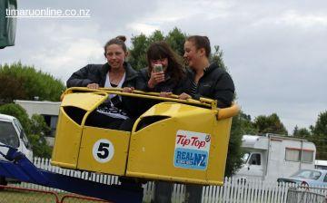 caroline-bay-carnival-day-9-0089