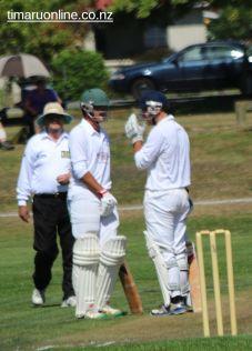 cricket-at-point-0011