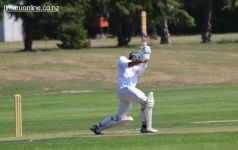 cricket-at-point-0048