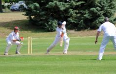 cricket-at-point-0073