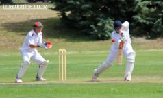 cricket-at-point-0074
