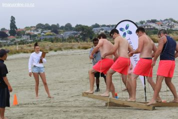 Ricky Shore Bay Watch Babes in sync on the beach challenge