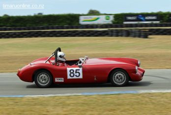 (85) Doug Macdonald in his 1956 Alfa Romeo Special