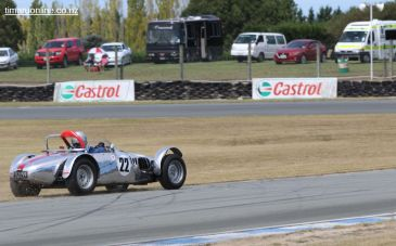 Ralph Smith tries a bit of off-roading in his 1955 Lycoming NZ Special