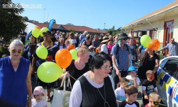 childrens-day-outside-0036