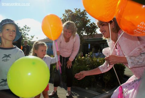 childrens-day-outside-0099