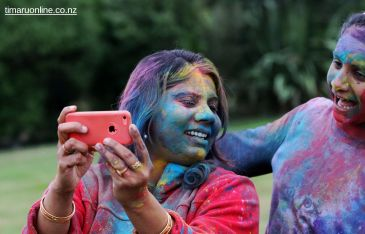 Happy Holi 00046