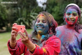 Happy Holi 00047