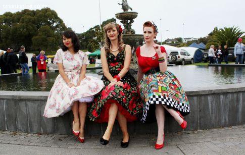L-R: Anna Lee, Michelle Streeter & Jasmine Clark