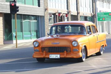 Rock n Hop Car Parade 00095