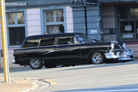 Rock n Hop Car Parade 00106