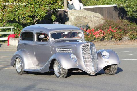 Rock n Hop Car Parade 00150