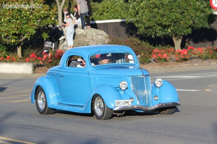 Rock n Hop Car Parade 00200