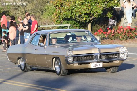 Rock n Hop Car Parade 00245