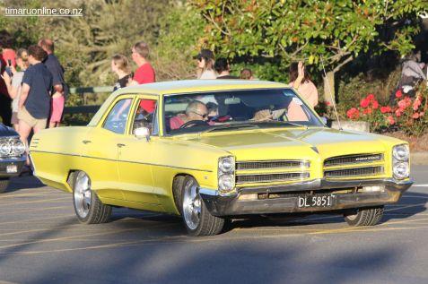Rock n Hop Car Parade 00354