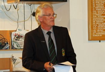 SCRFU Board chairman, Ray Teahen, presents his annual report.