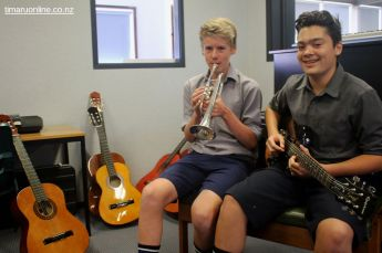 Lucas Rabbidge (cornet) and Abraham Hix (electric guitar)