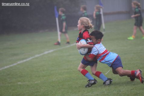 Junior Rugby Kicks Off 00109