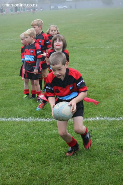 Junior Rugby Kicks Off 00116