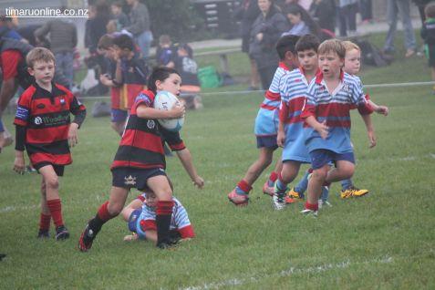 Junior Rugby Kicks Off 00122