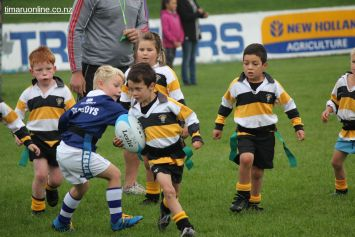 Junior Rugby Kicks Off 00148