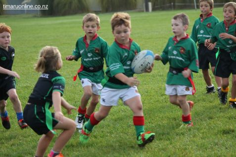 Junior Rugby Kicks Off 00188