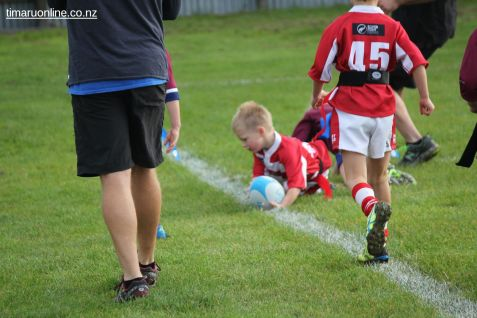Junior Rugby Kicks Off 00199