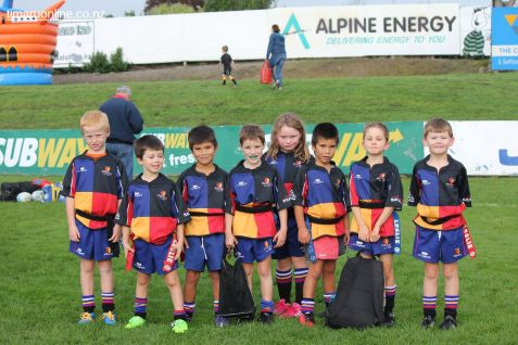 Junior Rugby Kicks Off 00207