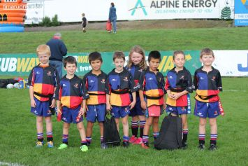 Junior Rugby Kicks Off 00208