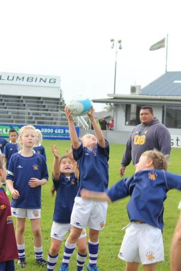 Junior Rugby Kicks Off 00213
