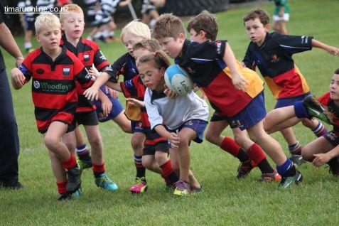 Junior Rugby Kicks Off 00266