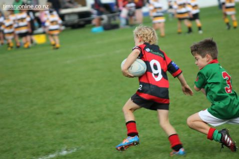 Junior Rugby Kicks Off 00274