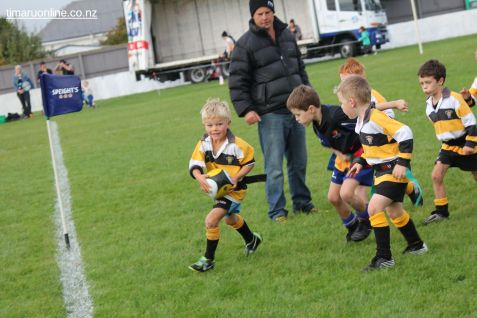 Junior Rugby Kicks Off 00296