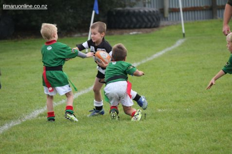 Junior Rugby Kicks Off 00307